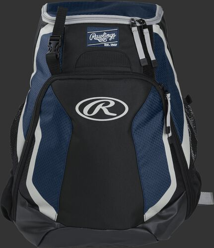 Front of a black/navy R500 Rawlings Players team backpack with a Rawlings patch and white Oval R