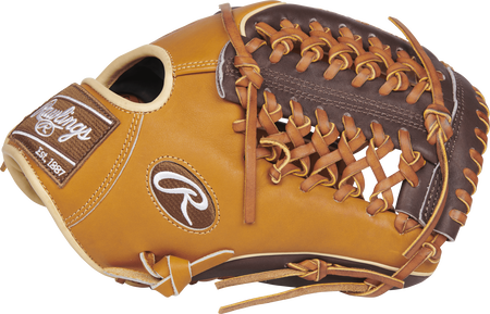 Thumb view of a PRO205W-4TCH 11.75-inch Heart of the Hide ColorSync glove with a chocolate Modified Trap-Eze web