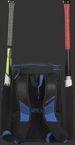 Back of a royal/black R600 Rawlings baseball backpack with two bats