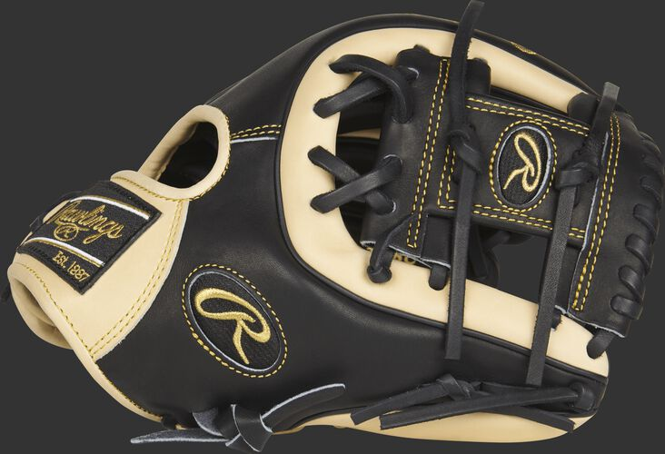 Thumb view of a PRO312-2BC 11.25-inch Heart of the Hide infield glove with a black I web
