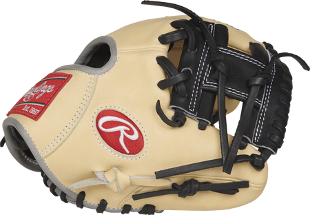 Palm view of a PRO200TR-2C Heart of the Hide 9.5-inch training glove with a black I web