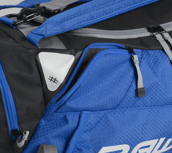Side accessory pocket on a royal R601 Rawlings hybrid bag