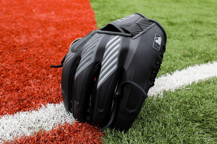 2022 REV1X 11.75-Inch Infield/Pitcher's Glove