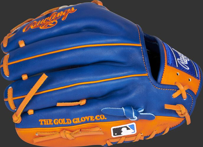 Royal back of a New York Mets Heart of the Hide infield glove with the MLB logo on the pinky - SKU: RSGPRO204-2NYM