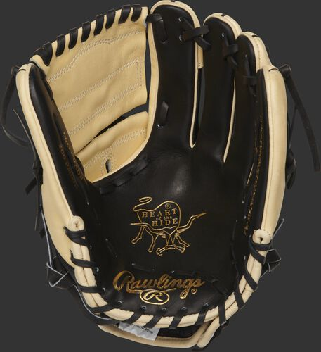 PRO206-9BCSS Heart of the Hide 12-inch glove with a black palm and black laces