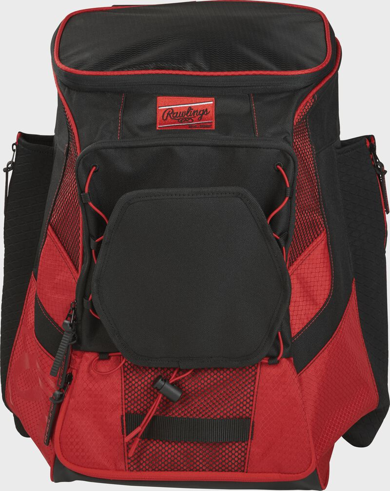 Front of a scarlet/black R600 Players team backpack