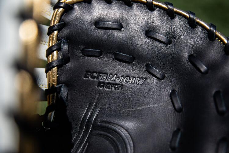 Black palm of a Rawlings Encore first base mitt - SKU: ECFBM-10BW