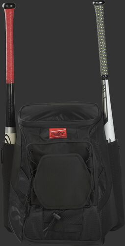 Front of a black R600 Rawlings players team backpack with a bat in each of the side compartments