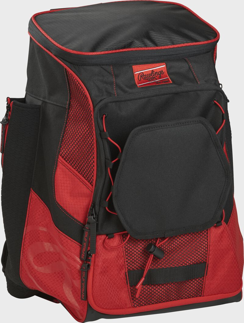 Front right of a scarlet/black R600 Rawlings backpack without bats