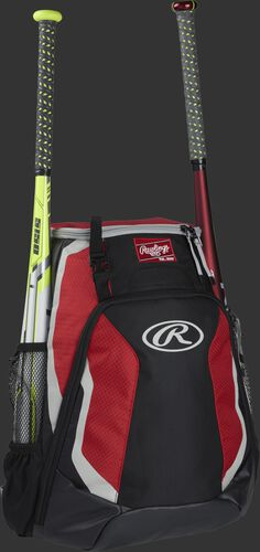 Right side of a black/scarlet R500 Rawlings baseball backpack with a white bat in the bat sleeve