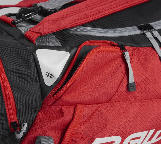 Side accessory pocket on a scarlet R601 Rawlings hybrid bag