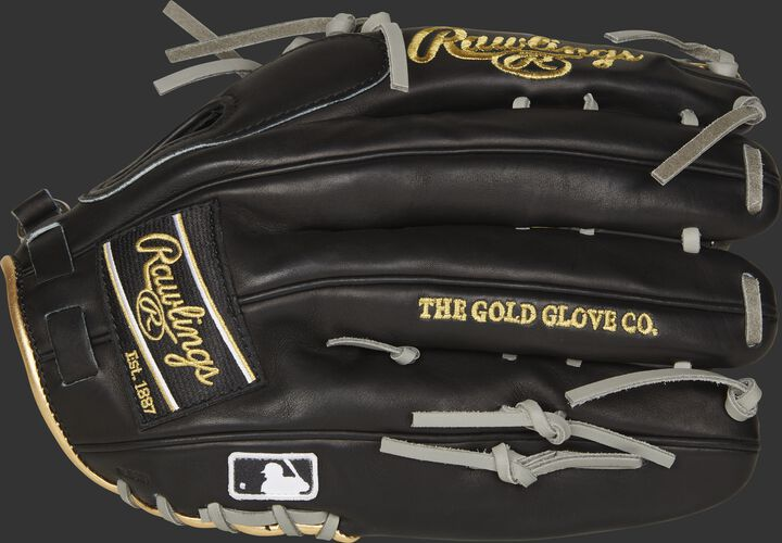 Black fingers of a LH throw Pro Preferred glove with a black Rawlings patch and MLB logo on the pinkie - SKU: PROSMT27B-RH