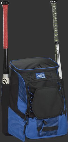 Front right of a royal/black R600 Rawlings players bag with two bats and Oval R printed on the bottom panel