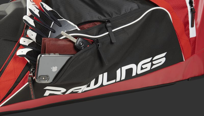 R1502 Wheeled Equipment Bag Scarlet