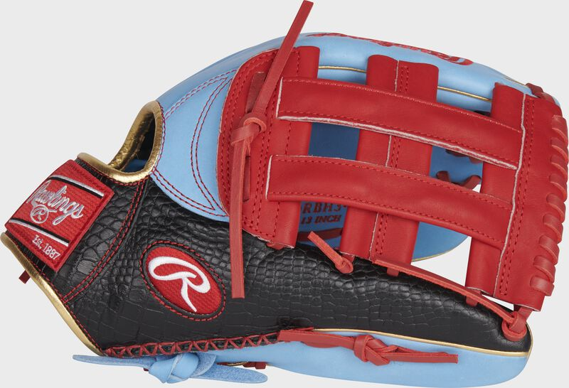 2021 Exclusive Heart of the Hide R2G Outfield Glove
