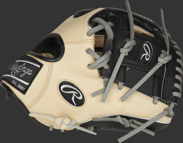 Thumb of a PRO204W-2CCBP Heart of the Hide ColorSync 11.5-inch Wing-Tip glove with a black I-web