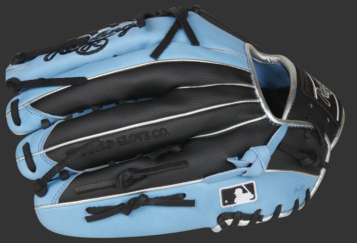 2020 Heart of the Hide Exclusive 12.75-inch Outfield Glove